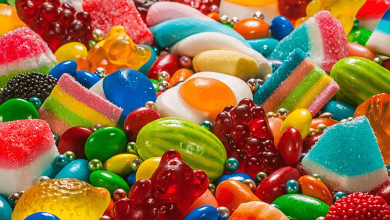 Saiba quais são os alimentos que deixam seus dentes mais feios